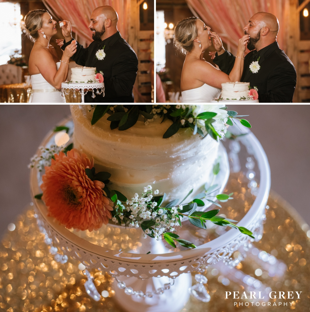 WeddingAtTheBarnOnBoundary 12